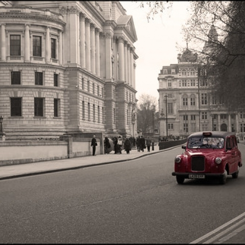 """London • <a style=""""font-size:0.8em;"""" href=""""http://www.flickr.com/photos/132080213@N08/26033335711/"""" target=""""_blank"""">View on Flickr</a>"""