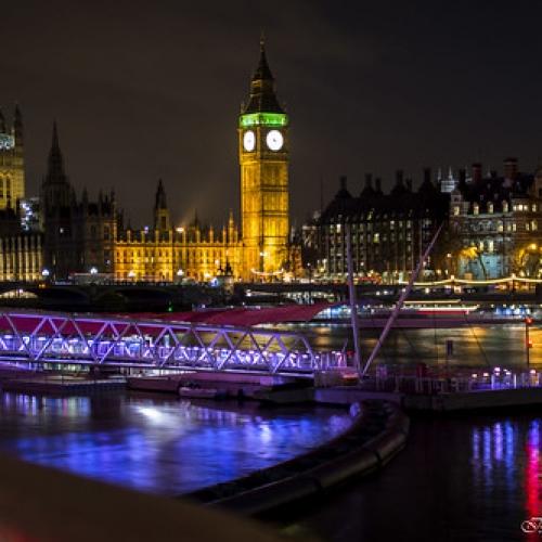 "Big Ben, Londres, Inglaterra • <a style=""font-size:0.8em;"" href=""http://www.flickr.com/photos/132080213@N08/25826851320/"" target=""_blank"">View on Flickr</a>"